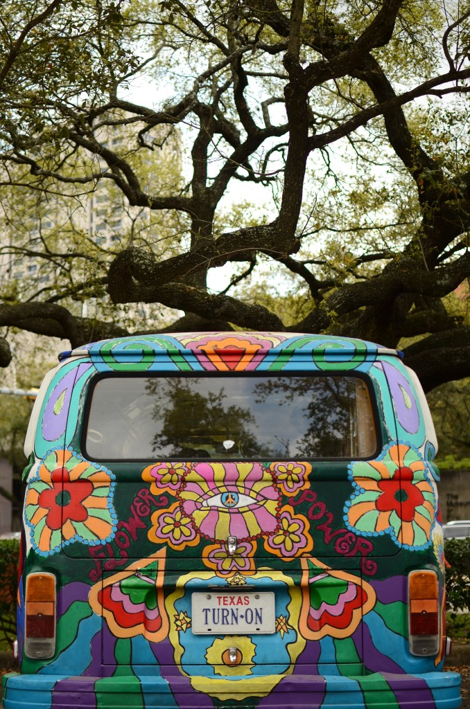 Hippy bus Turn-on