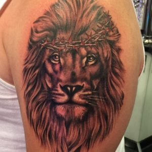 realistic lion head tattoo