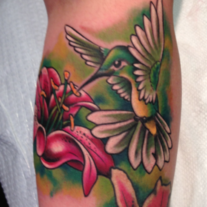humming bird color tattoo
