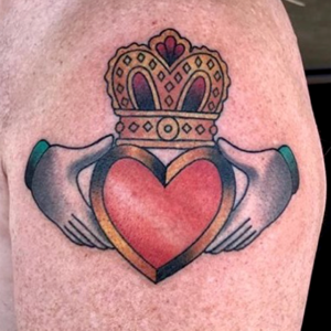 claddagh color tattoo