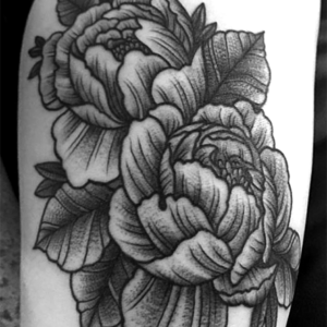 peonie flower black and grey tattoo