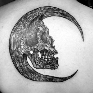 skull with crown black and grey tattoo