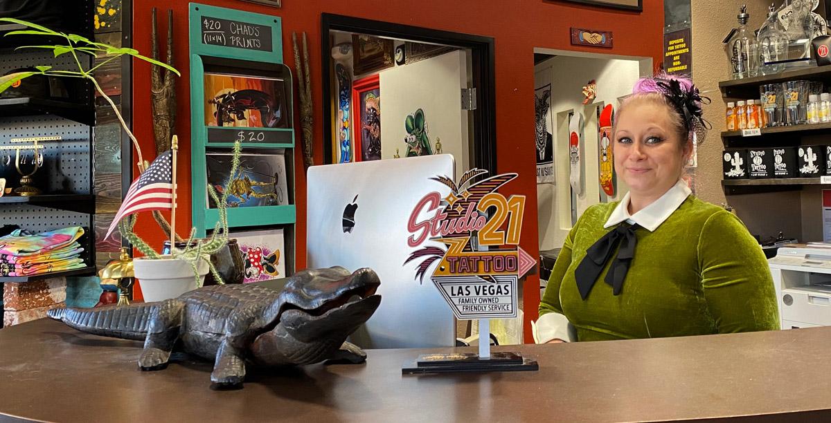 studio 21 customer service